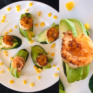 healthy-southwest-shrimp-avocado-cucumber-bites-on-plate-with-corn-garnish