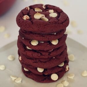 Valentines-Day-Easy-Red-Velvet-Cookies