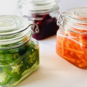 Quick-Pickled-Vegetables-beets-carrots-jalapenos-in-jars