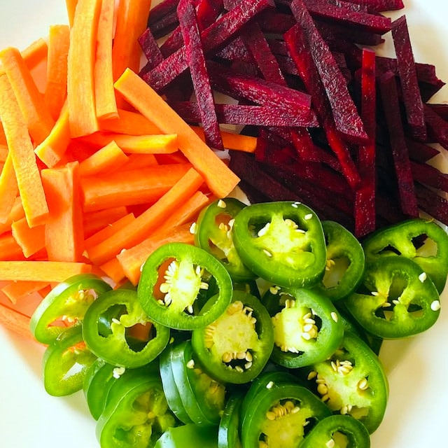 beets-carrots-jalapenos-on-plate