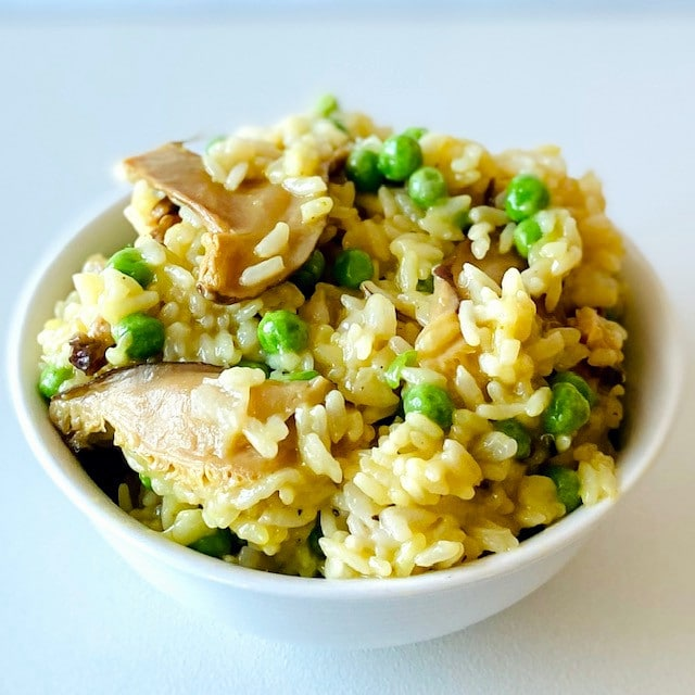 Instant-Pot-Risotto-in-bowl
