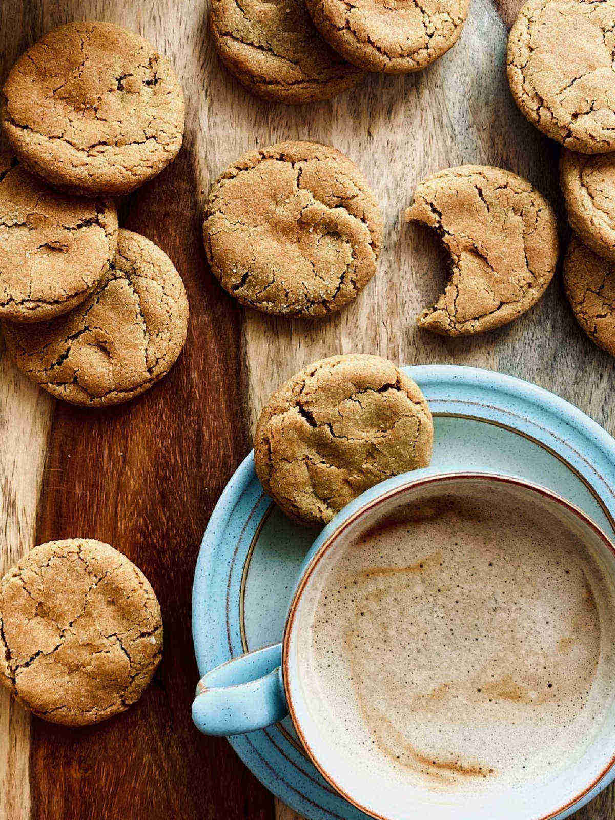 gingerbread cookies with coffee - portrait