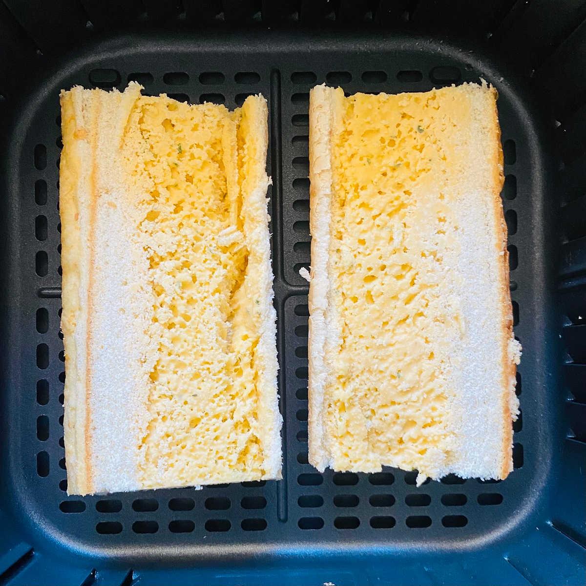 frozen garlic bread in air fryer basket